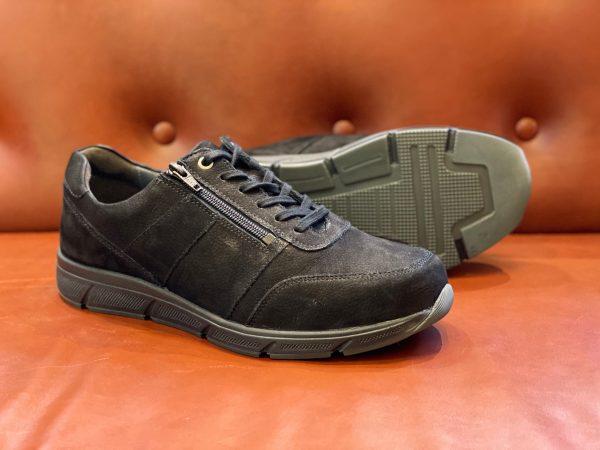 Kai 67000-00068 zwart sneaker