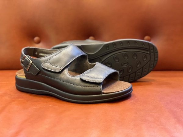 Man special street 77000-0090 zwart sandaal